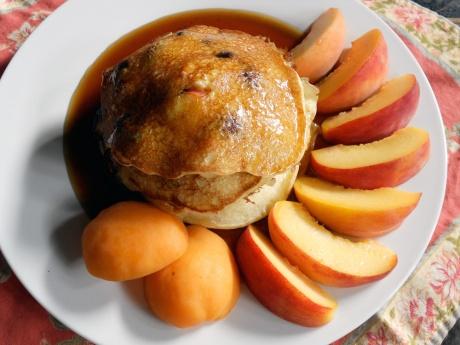 dknFFpeaches_pancakes