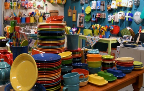 A very nice kitchen shop has just opened. Colourful and abundant Fiestaware is  a prominent offering.