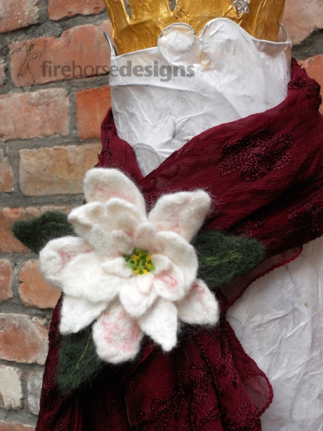 4_FeltedWhiteFLower_Brooch_5